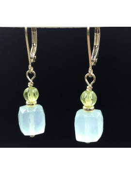 Chalcedony Faceted Cube and Peridot Earring